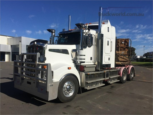 2015 Kenworth T909 - Trucks for Sale