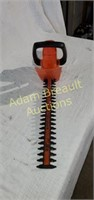 Black & Decker 16 inch cut Electric hedge trimmer