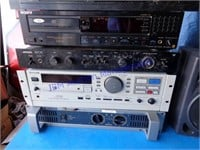 VINTAGE ELECTRONICS & STEREO EQUIPMENT
