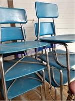 10 BLUE HEYWOODITE CHAIRS ADULT & KID