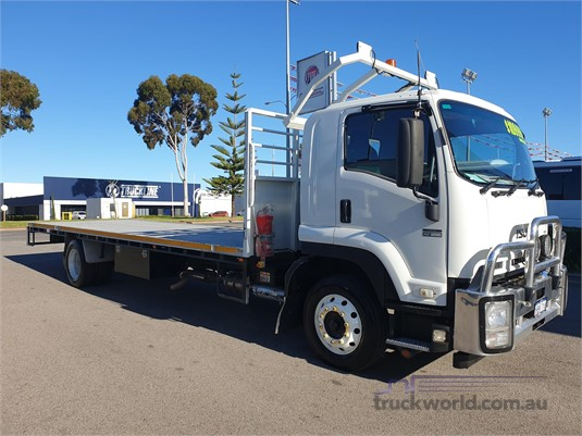 2014 Isuzu FTR - Trucks for Sale