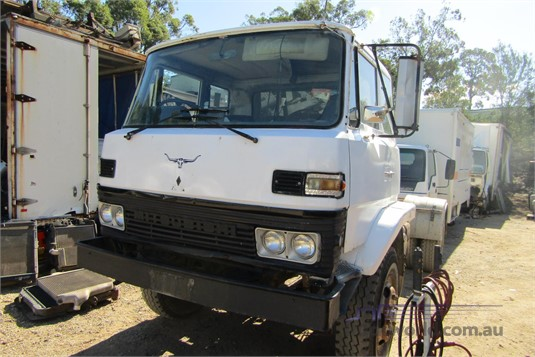 1984 Mitsubishi FM215 - Wrecking for Sale