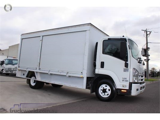 2010 Isuzu FRR - Trucks for Sale