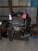 8cyl vortec engine w/ transmission & wiring