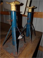pair of automotive jackstands