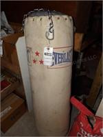 Heavy bag w/ chain