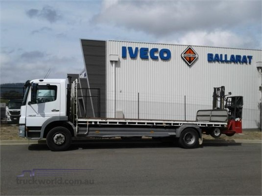 2005 Mercedes Benz other - Trucks for Sale