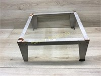 4 CORNER SUPPORT 19IN SQUARE 8 TALL