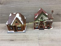 2 PIECES OF CHRISTMAS TOWN NEEDS REPAIRS