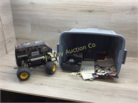 TOTE W RC CAR CONTROLLERS AND CAR, NEEDS REPAIRS