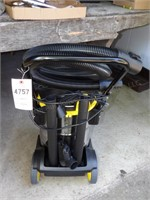 Stanley Stainless Wet/Dry Vac w/ Box - 6hp, 8gal