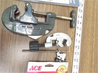 Pipe cutters (Copper & PVC cutters)