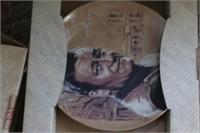 Collectable plates: John Wayne, MASH