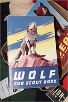 Boy scout Collectables: Knives & books
