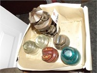 5 Vintage Electrical Insulators & Small Lamp
