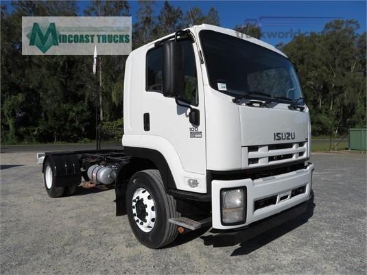 2011 Isuzu FVD 1000 Midcoast Trucks - Trucks for Sale