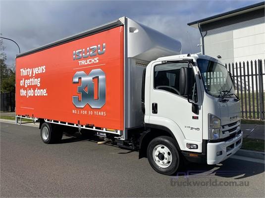 2020 Isuzu FRR - Trucks for Sale