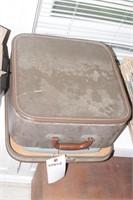 Remington Typewriter w/ case