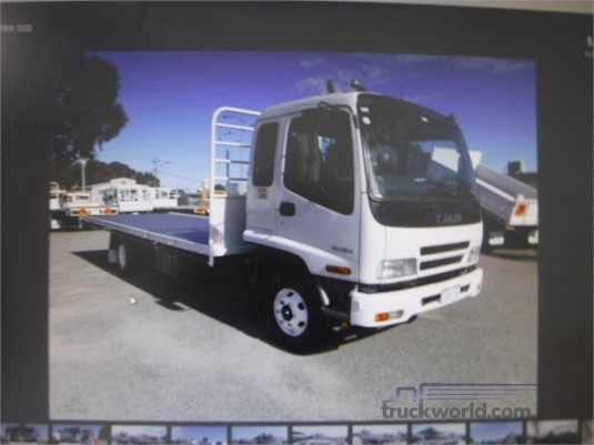 2006 Isuzu FRR500 - Trucks for Sale