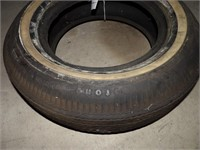 Champion Deluxe Tire - 7.7-15