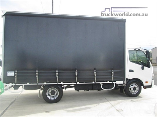 2012 Hino 300 Series 917 - Trucks for Sale
