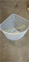 Rubbermaid wire mesh triangle wastebasket