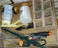 Box lot -  assorted gardening tools