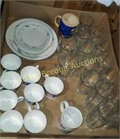 Box lot - glasses, coffee cups, plates