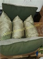 Box lot - 5 green throw pillows