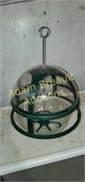 12 in Plastic Dome bird feeder