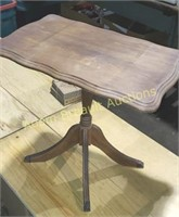 Antique claw-foot side table, 13.5 x 22 x 19.5