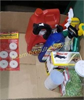 Box  lot -  animal deterrent, Pest Control,