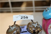 2 DISNEY ALARM CLOCKS (BATTERY)
