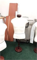 Mannequin form