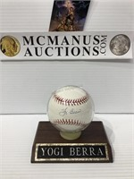 Yogi Berra autographed baseball no COA