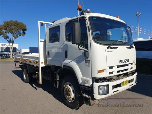 2011 Isuzu FSS - Trucks for Sale