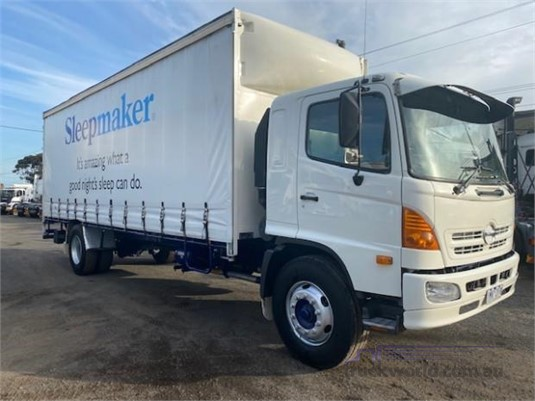 2003 Hino GH - Trucks for Sale