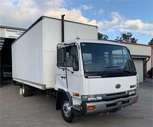 1999 UD MK180 - Trucks for Sale