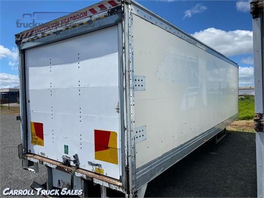 2003 Custom Built 25 Ft - Truck Bodies for Sale