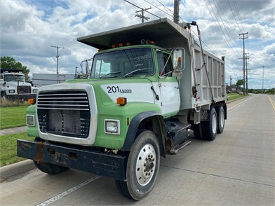 Ford L9000 Dump Trucks For Sale 18 Listings Truckpaper Com Page 1 Of 1