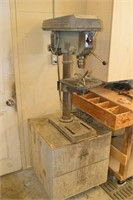 Delta Bench Top Drill Press on Stand