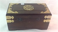 Oriental look jewelry box 11 x 6 x 6