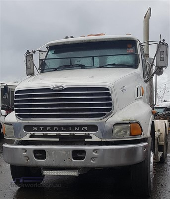 2006 Sterling L9500 - Wrecking for Sale