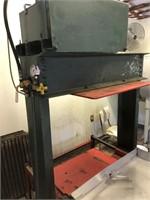 Hydraulic cider press auction
