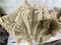 5 throw pillows