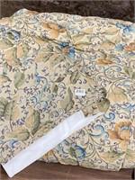 Queen comforter and bedskirt