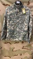 20 Each ACU Tops Medium New