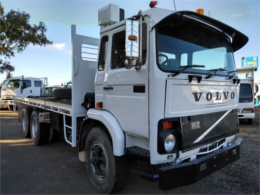 1986 Volvo F7 - Trucks for Sale