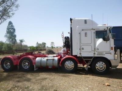 2005 Kenworth K104 - Trucks for Sale