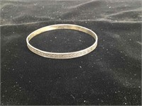 Sterling Silver bangle bracelet - 8.5g